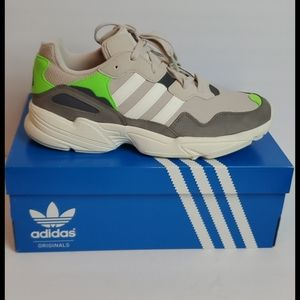 Adidas yung 96 men 10 sneaker tan green